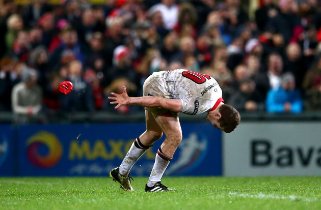 Paddy Jackson misses a late penalty to win the game