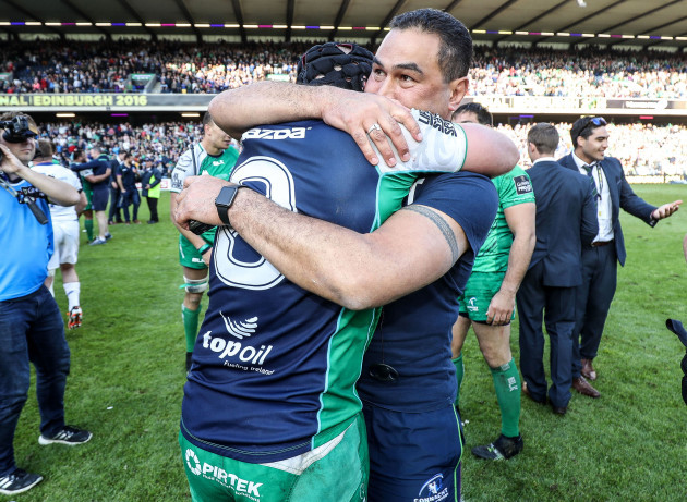 John Muldoon celebrates with Pat Lam
