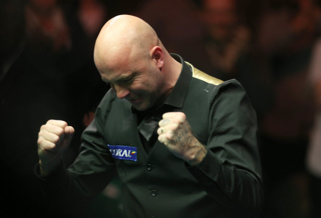 Mark King celebrates winning the Coral Northern Ireland Snooker Open Final