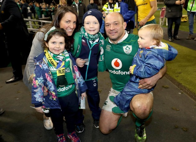 Rory Best celebrates with his wife Jodie and children from (L-R) Penny, Ben and Richie