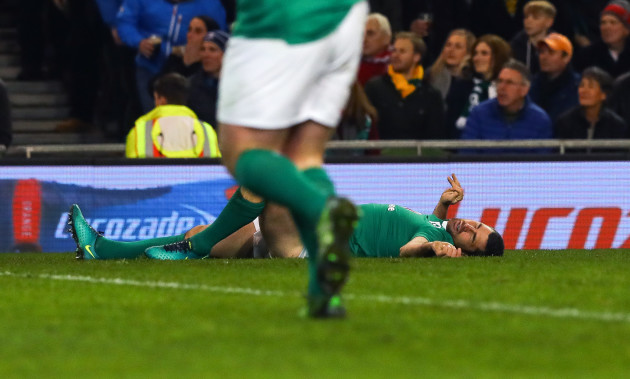 Rob Kearney lays prone after an injury
