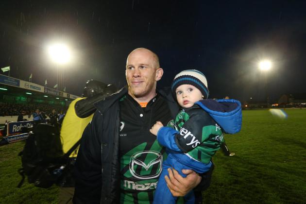 Connacht's  Johnny O'Connor with son Sam