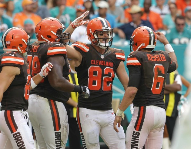 Browns Dolphins Football