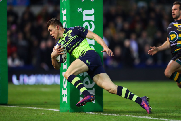 Garry Ringrose scores the first try of the game