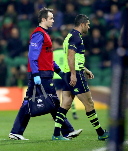 Rob Kearney leaves the field injured