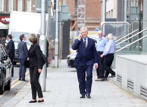 31/8/2016 Pat Kenny walking around Dublin City cen