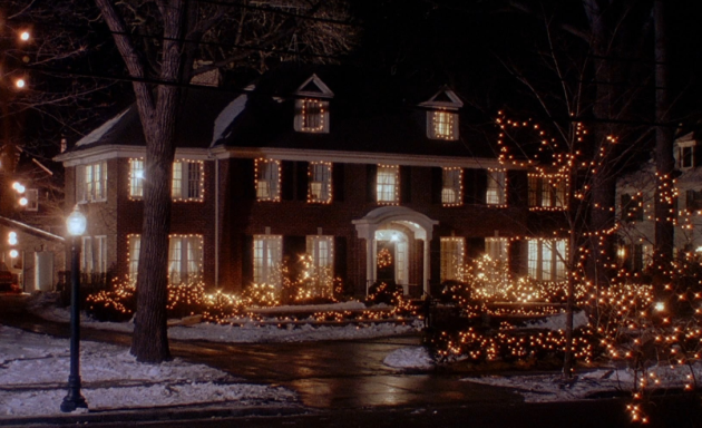 Alone For Christmas.18 Frankly Preposterous Things That Happen In Home Alone