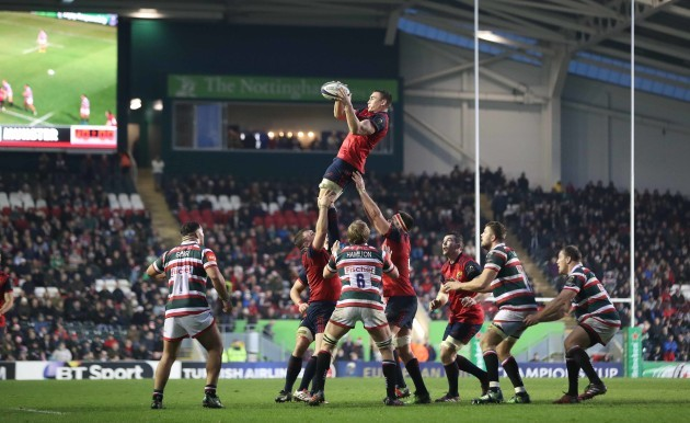 Tommy O'Donnell claims the lineout