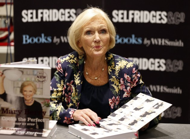 Mary Berry book signing