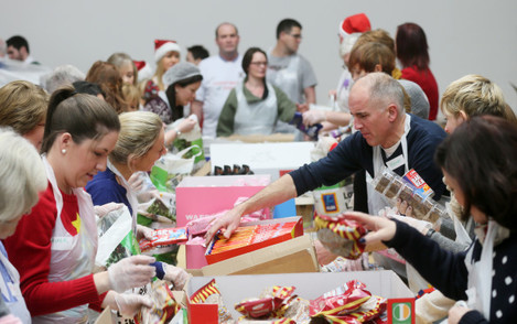 25/12/2013 Christmas Dinners for the Poor