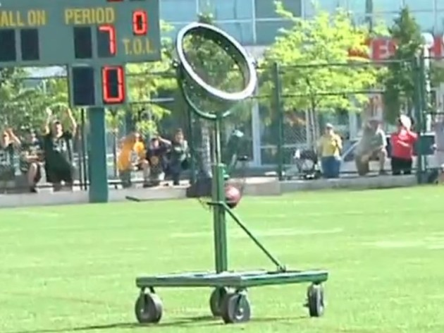 Here S The Weird Contraption Aaron Rodgers Uses To Perfect