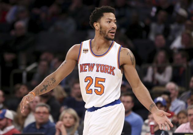 2fb7152b6c6 Knicks fine Derrick Rose