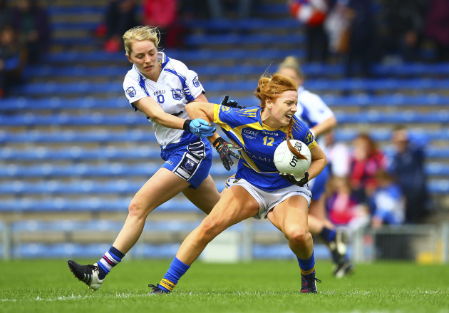 Eimear Myles is tackled by Maria Delahunty