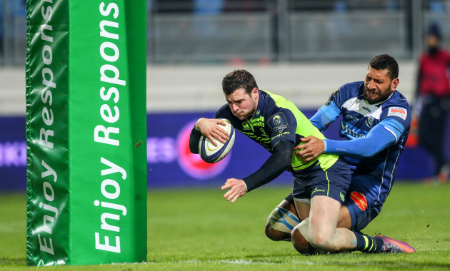 Robbie Henshaw scores his side's second try despite Steve Mafi
