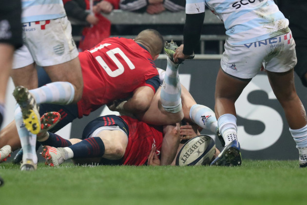 Ronan O'Mahony scores their second try