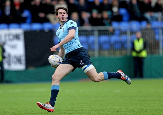 Jack Kelly runs in their fourth try of the game