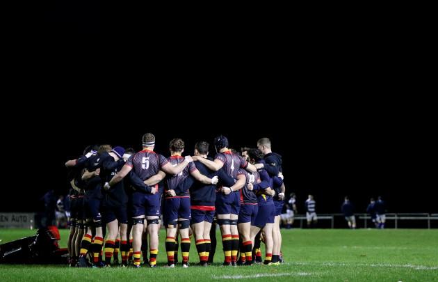 Lansdowne huddle before the game 25/11//2016