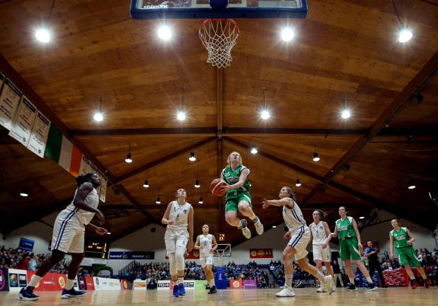 Sorcha Tiernan jumps for a basket