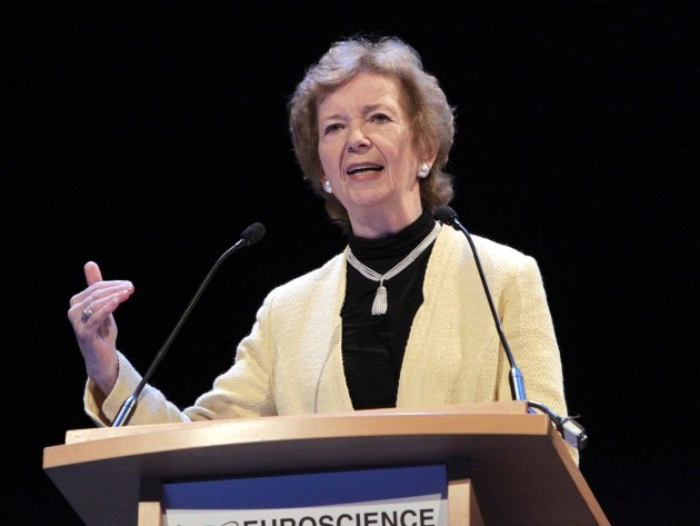 File Photo QUESTIONS HAVE BEEN railed over a Presidential library for Mary Robinson in Ballina that could cost up to 8.5 million. An RTE Prime Time report last night detailed concerns over the plans that will also see Robinson benefit from a tax break for