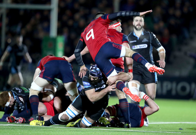 Conor Murray tackled by Josh Strauss