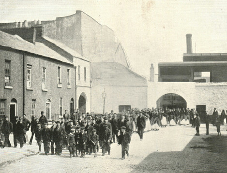 Leaving Mattersons at dinner hour, Courtesy Limerick Diocesan Archives