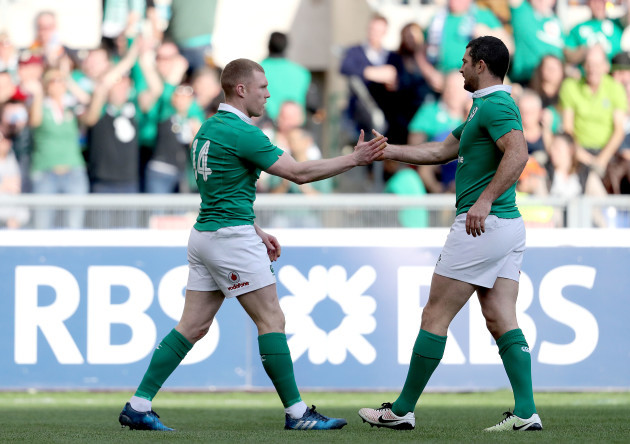 Keith Earls celebrates scoring their first try with Rob Kearney