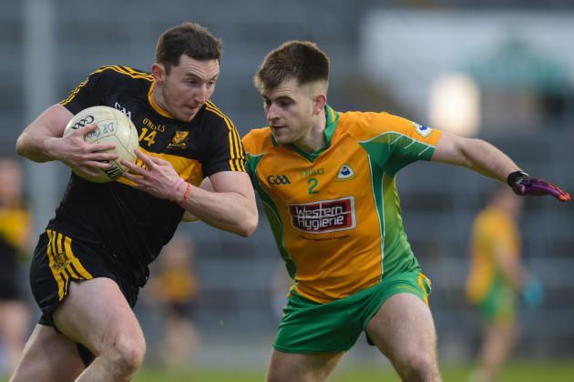 Cathal Silke tackles Daithi Casey