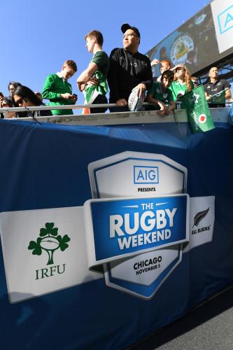 Ireland and New Zealand fans