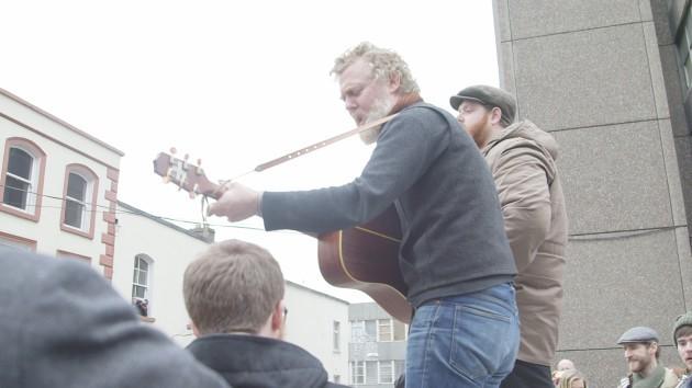 Glen Sing Song