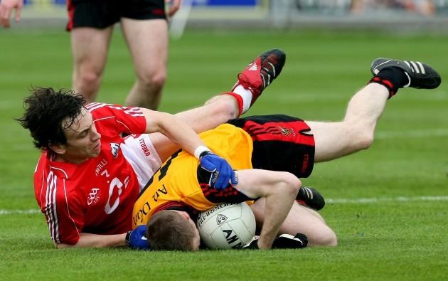Liam Jennings tackles Jamie O'Reilly