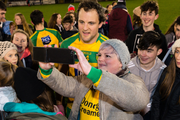 Michael Murphy with fans after the game