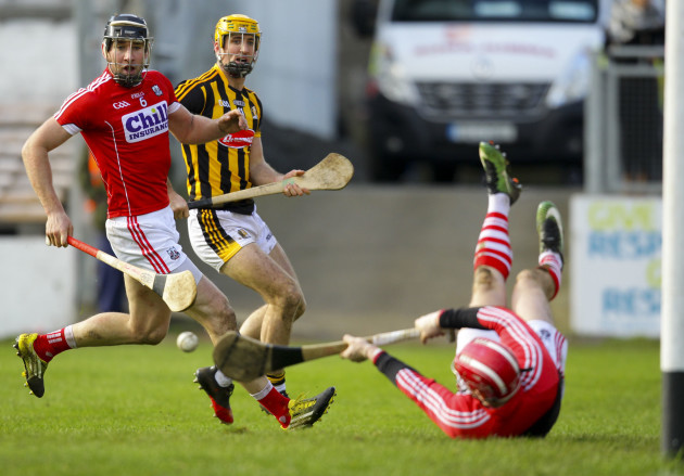 Colin Fennelly sees his shot saved by Anthony Nash