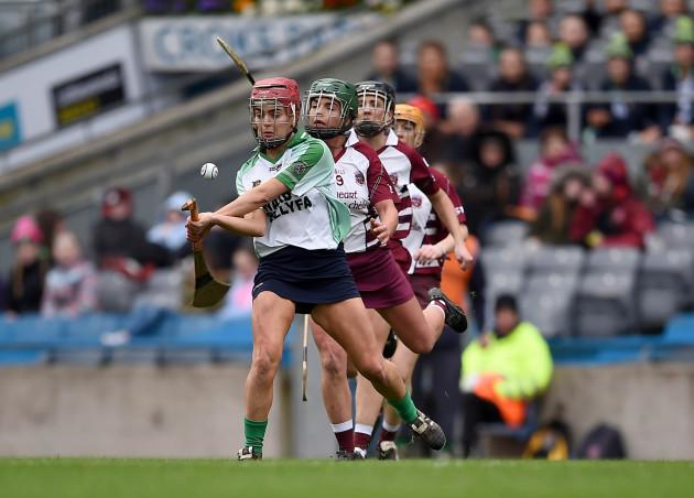 Orlaith McGrath scores a point