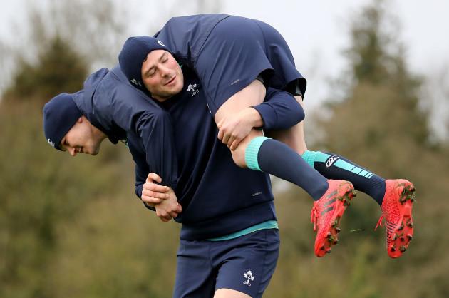 Jonathan Sexton and Robbie Henshaw