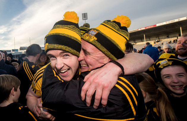 Tony Kelly celebrates with his father Donal