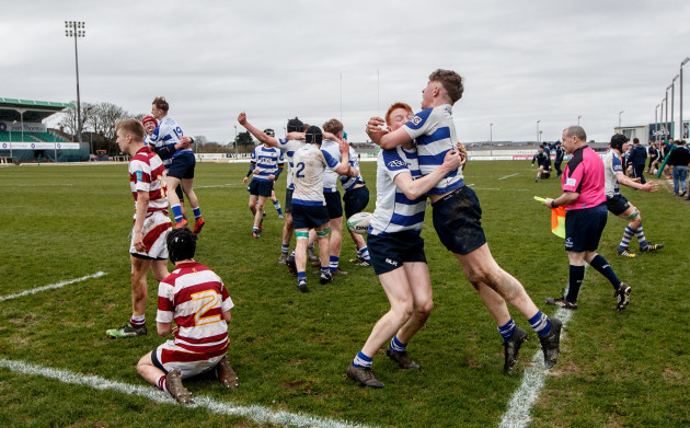 Shane Jennings and Oisin McCormack celebrate at the final whistle