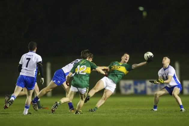 Barry O'Sullivan wins possession