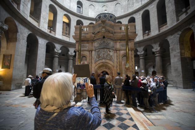 Israel Jesus Tomb Restoration