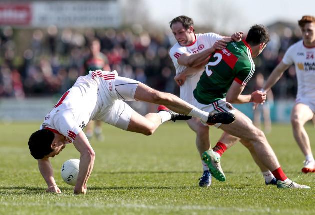 Sean Cavanagh loses his footing