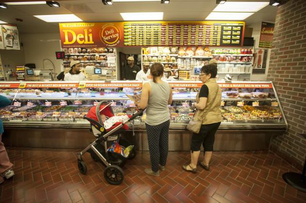 NY: New CEO at debt-ridden Fairway supermarkets