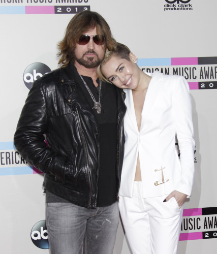 2013 American Music Awards - Arrivals - Los Angeles