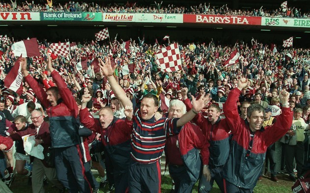 The Galway bench celebrates 23/8/1998