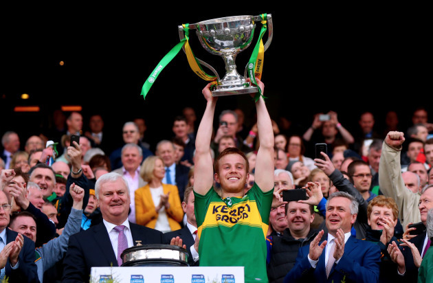 Fionn Fitzgerald lifts the trophy