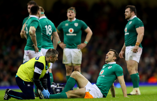 Tommy Bowe gets treatment from Dr. Ciaran Cosgrove
