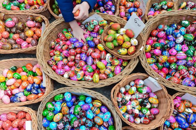 Thousands enjoy Easter Market in Krakow