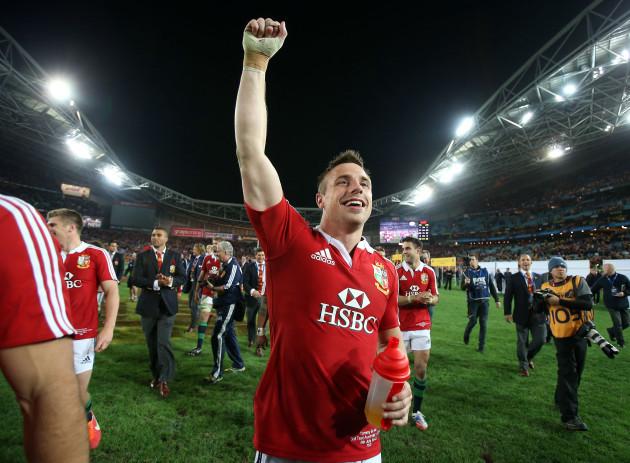 Tommy Bowe celebrates
