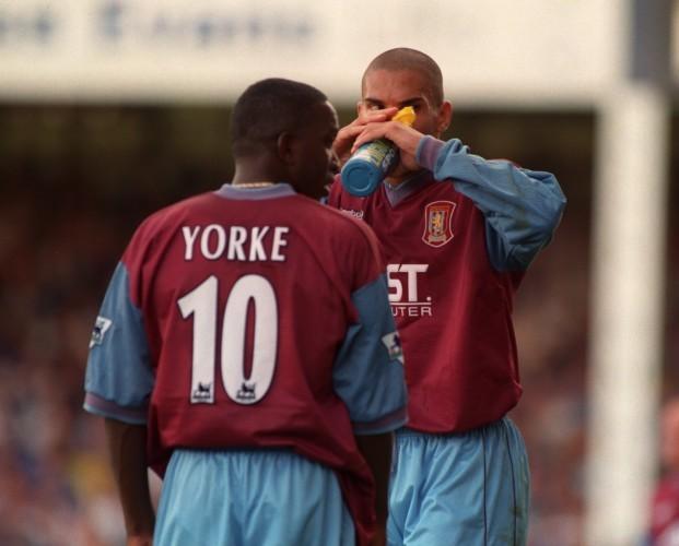 Soccer - Leicester City v Aston Villa