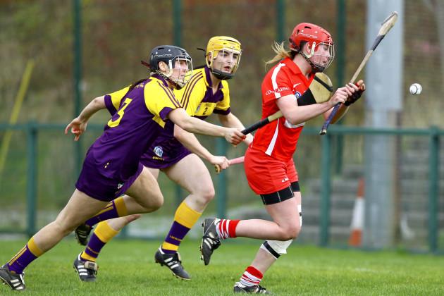 Niamh McCarthy shoots on goal
