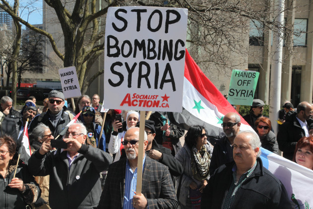 Canada: Protest against Donald Trump's decision to launch airstrikes against Syria in Toronto