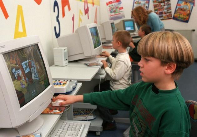 Children at computer